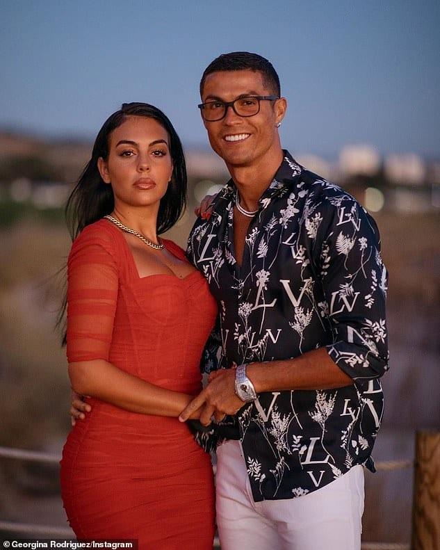 la star du foot et le mannequin
