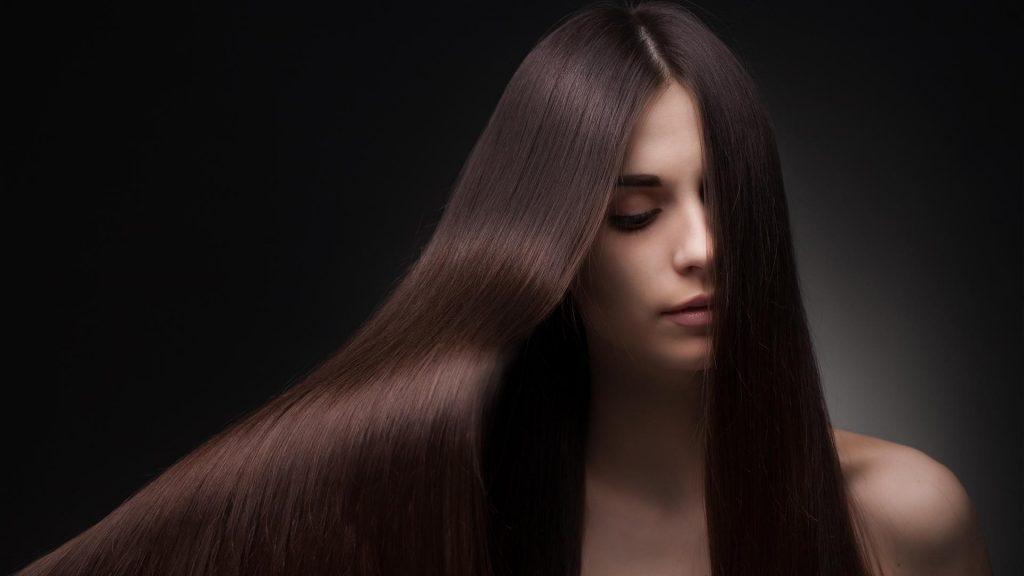 cheveux soyeux
