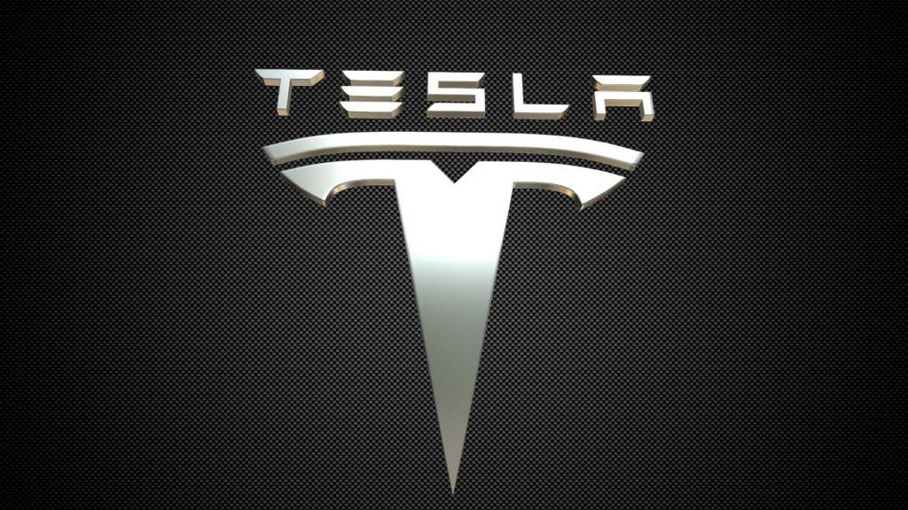 Tesla et Panasonic travaillent en collaboration