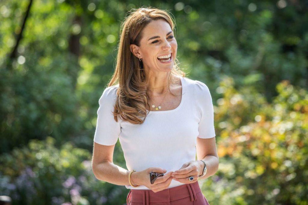 Kate Middleton dans une tenue décontractée chic pour une virée en solo