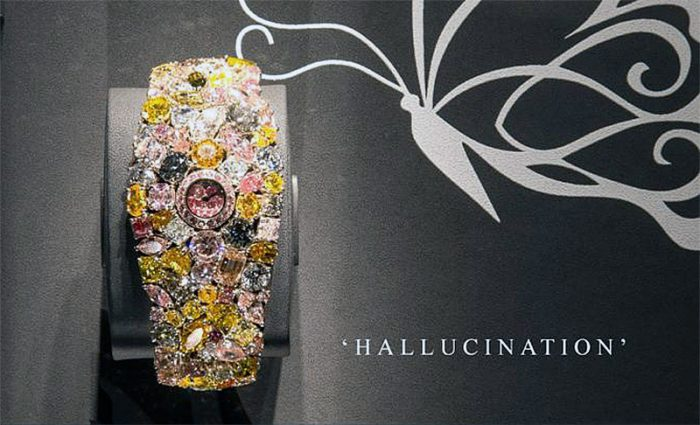 "1 – Montre ""Hallucination de Graff Diamonds"""