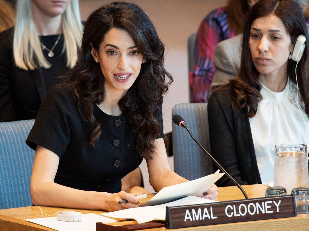 Amal est une avocate de premier ordre