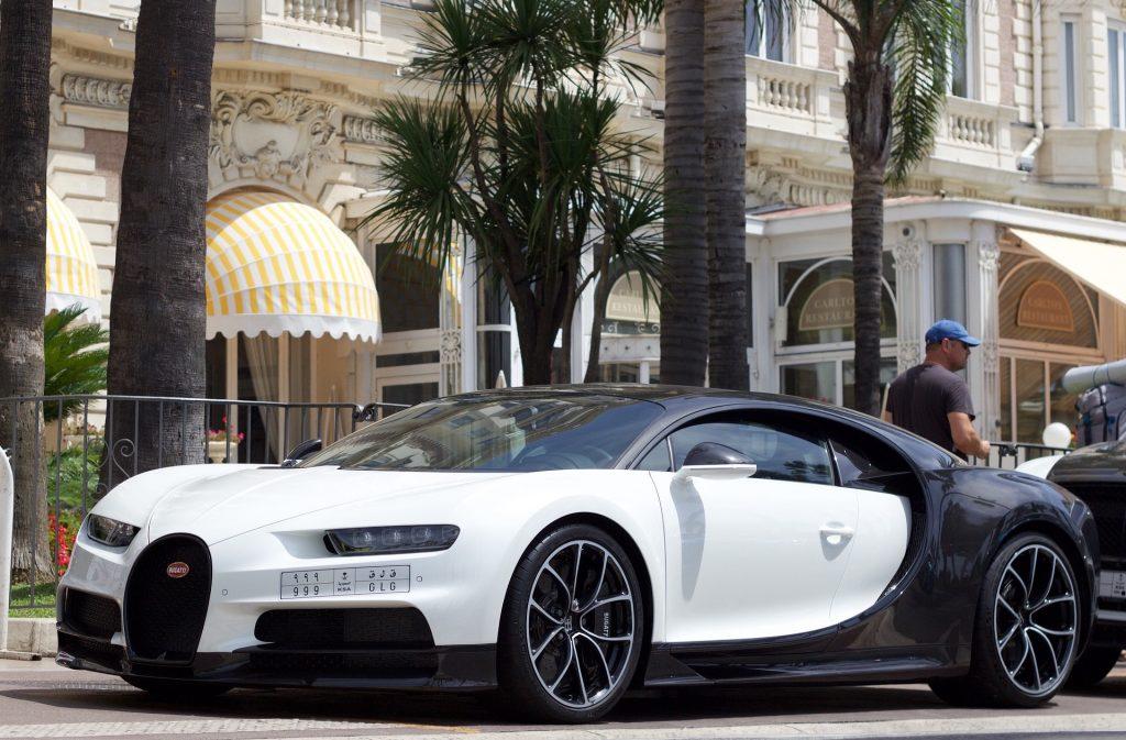 Bugatti Chiron : à partir de 2,4 millions d'euros
