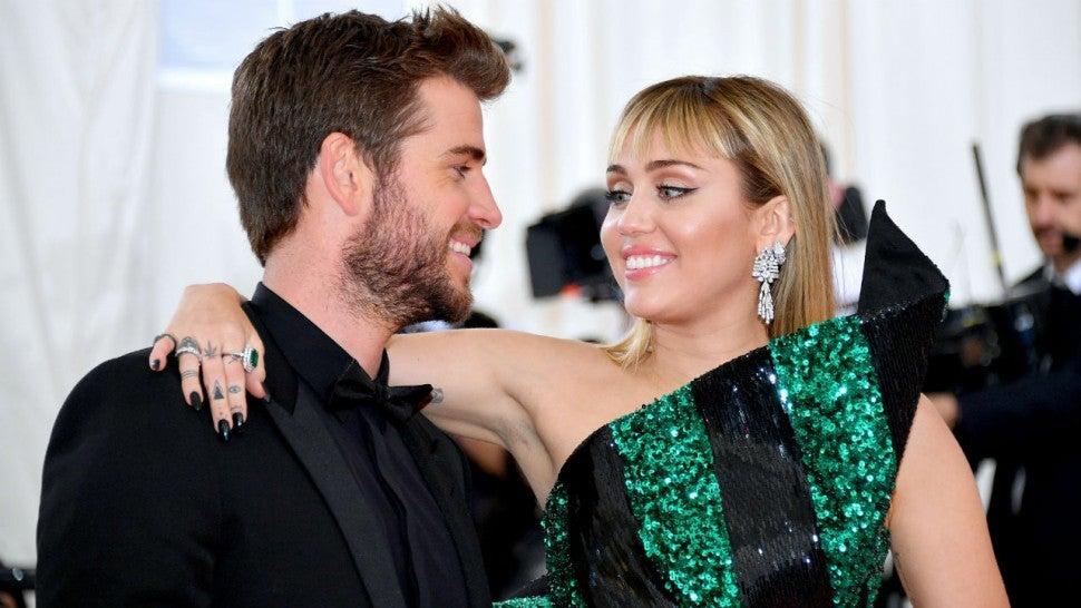Miley en couple avec une femme ?