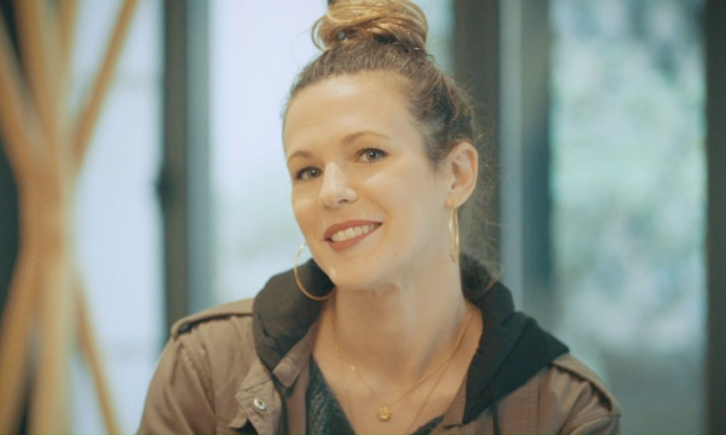 Lorie Pester: la chanteuse a caché sa grossesse pendant plusieurs mois !