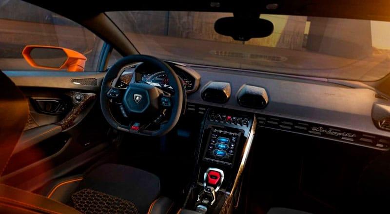 Voitures de luxe: Une Lamborghini Huracàn