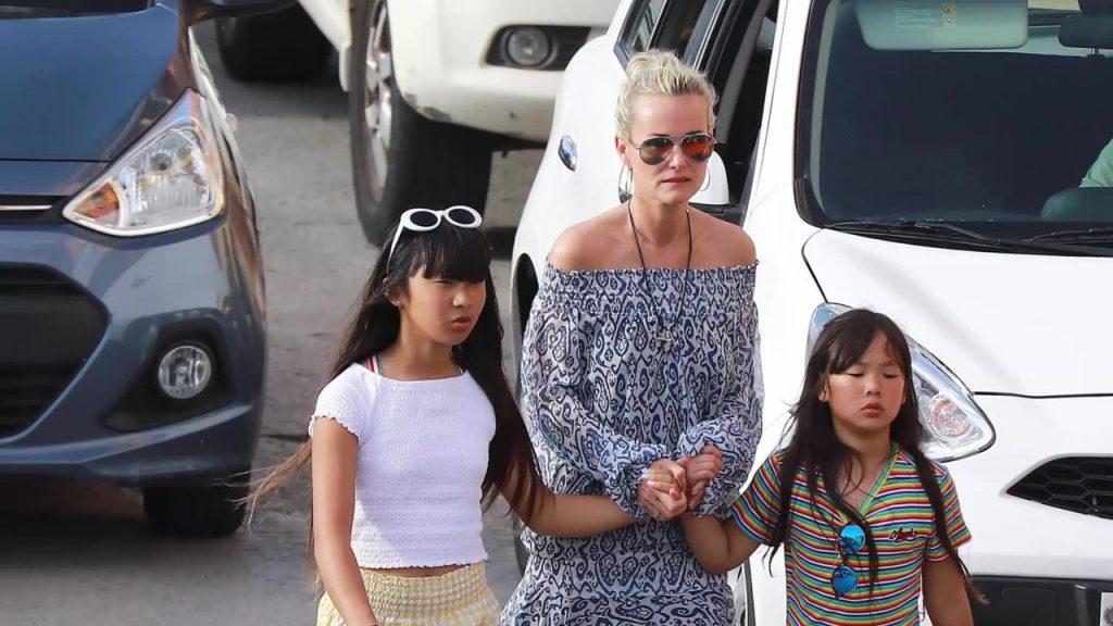 Laeticia, Jade et Joy
