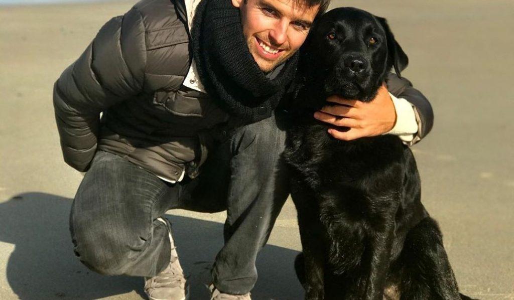 Yoann Gourcuff et le chien de la famille