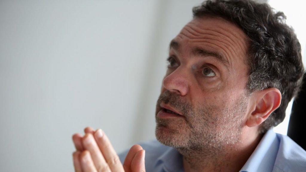 Yann Moix appelle  à la désobéissance civique