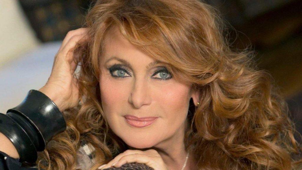 Julie Pietri est au bout de sa vie car son ex-fiancé est décédé