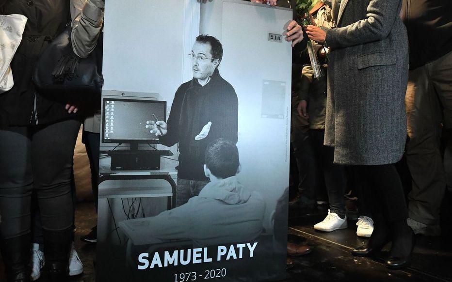 Pierre Perret : Touché par la mort de Samuel Paty