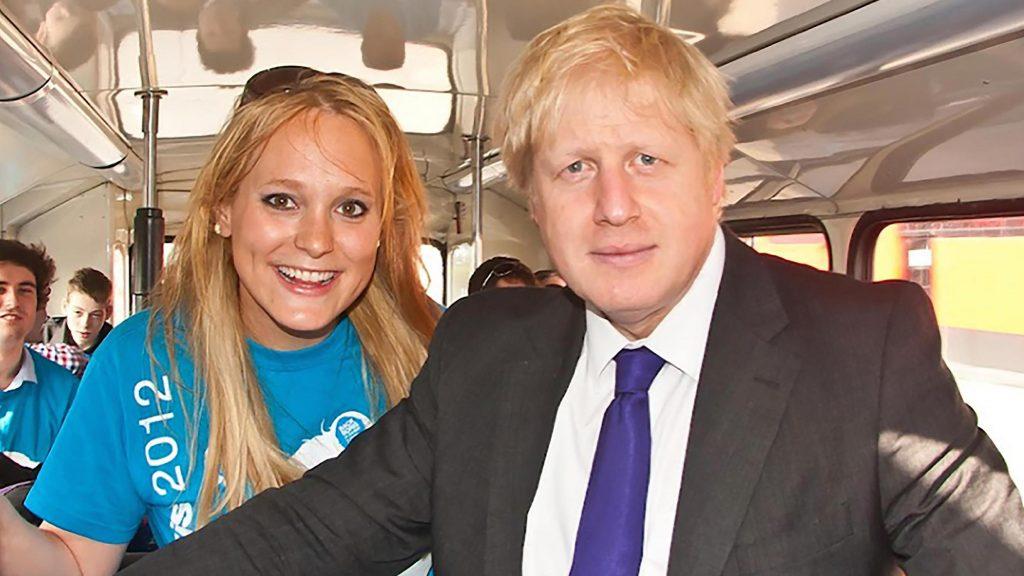 Jennifer Arcuri tacle Boris Johnson sur Twitter !