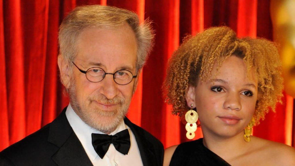 Mikaela Spielberg en garde à vue pour violences conjugales