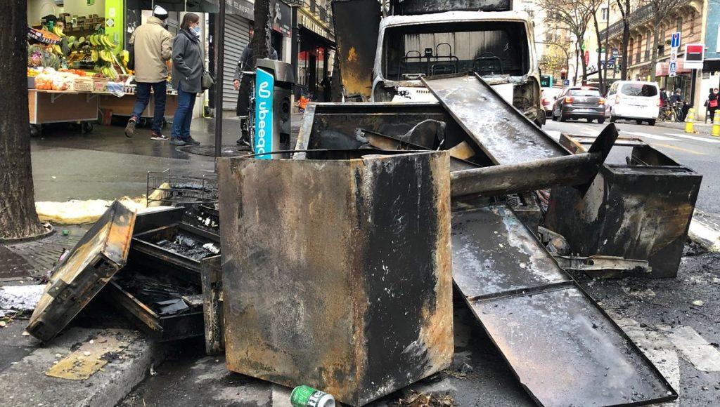 Vandalisme des agences de Stéphane Plaza
