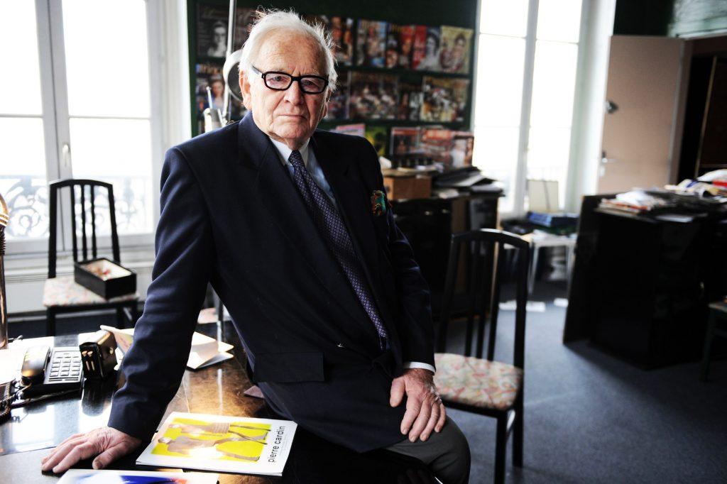 Pierre Cardin est décédé : Le monde de la mode en deuil !