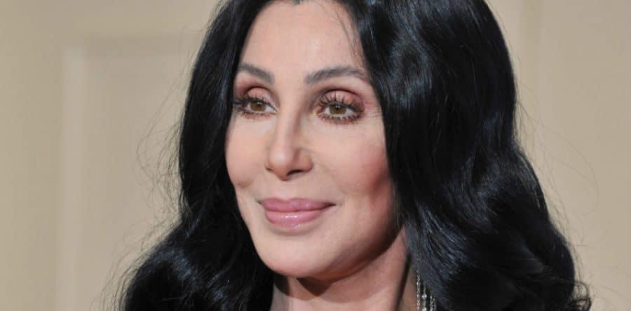Cher :