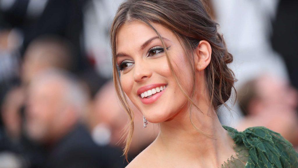 Iris Mittenaere : Elle met en garde la nouvelle Miss France Amandine Petit !