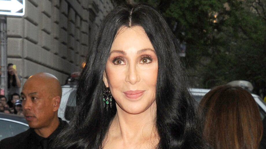 Cher : La chanteuse angoissée par le monde actuel