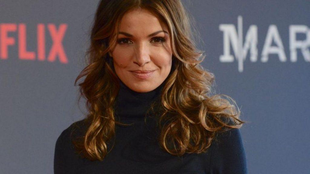 Nadia Farès: Des rôles qui ont fait décoller sa carrière