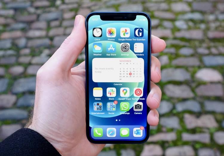 iPhone 12 mini en promotion