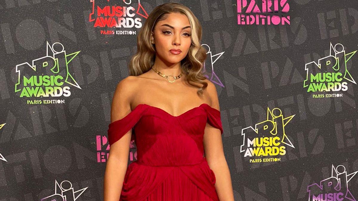 Wejdene taclée par les internautes aux NRJ Music Awards