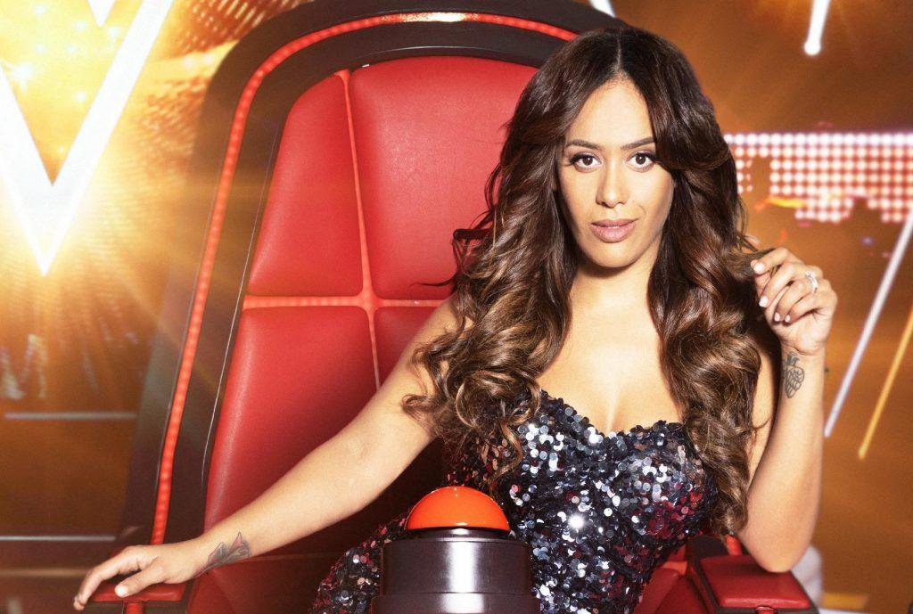 Amel Bent dans The Voice