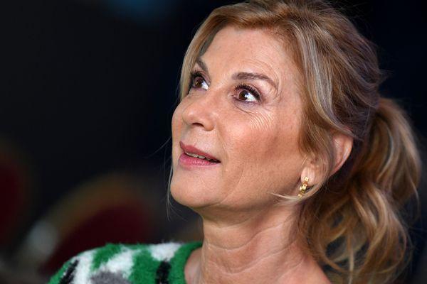 Michèle Laroque attaque le gouvernement !