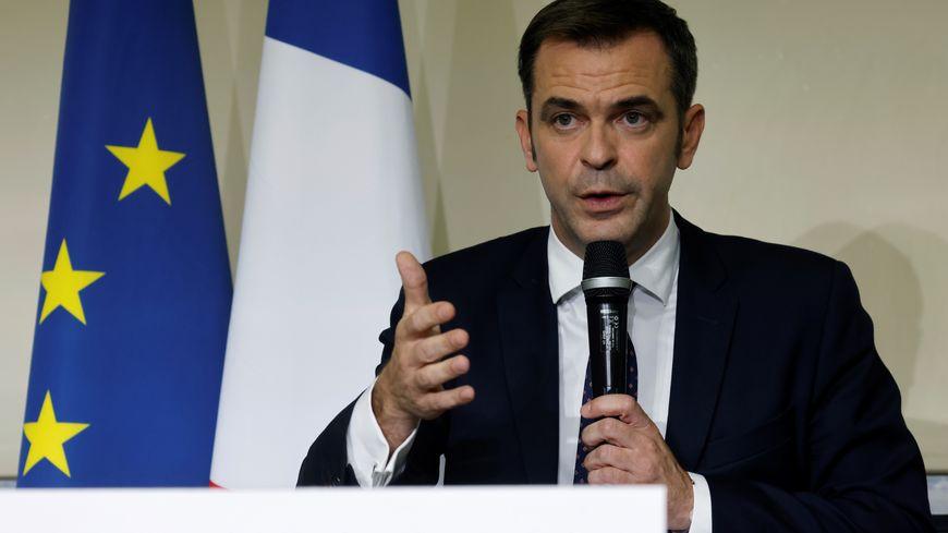 Le discours ambivalent de Olivier Véran