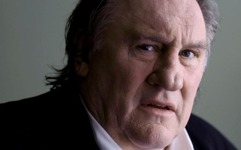 Gérard Depardieu. Accusé de viols... des caméras ont capté des preuves