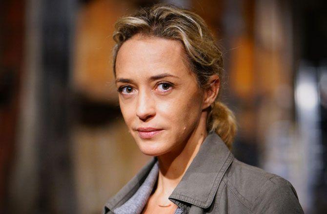 Hélène de Fougerolles : En larmes
