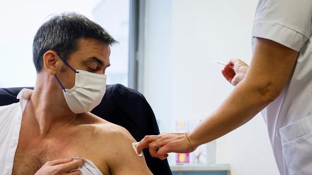 Olivier Véran s'est fait vacciné