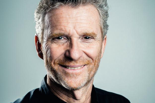 Denis Brogniart.