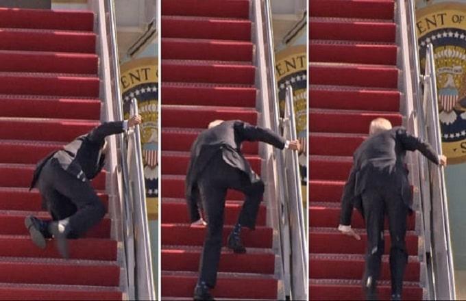 Joe Biden trébuche à trois reprises !