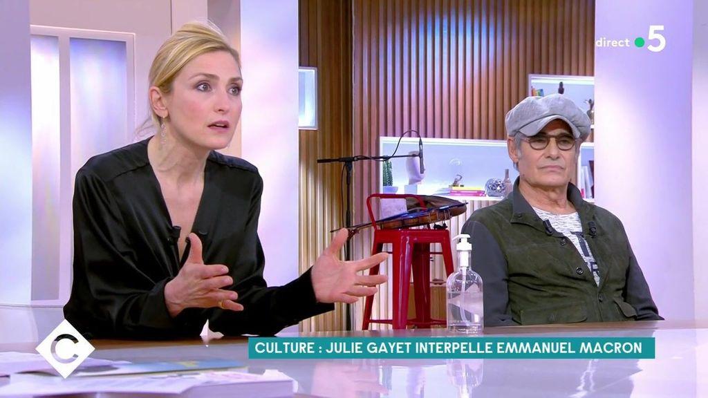 """Julie Gayet :""""C'est très injuste"""""""