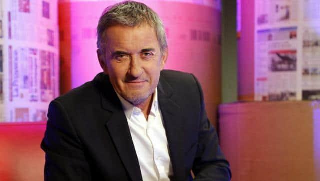 Christophe Dechavanne. Vacciné à 63 ans : Scandale et réponse.