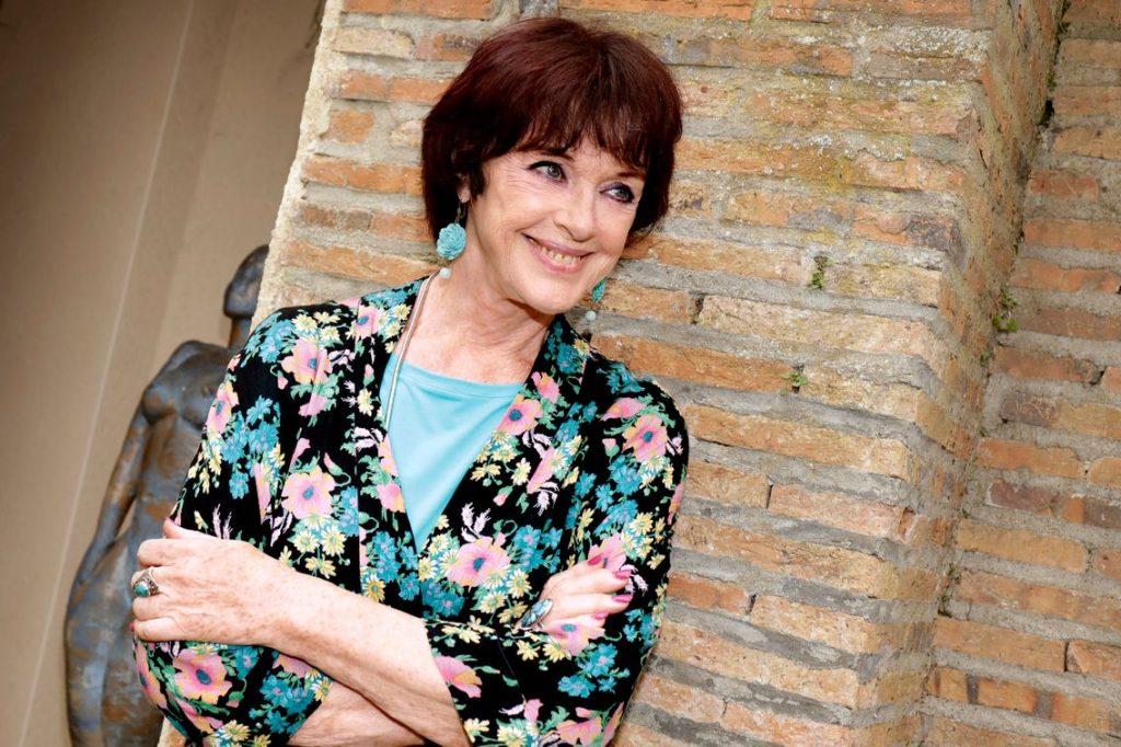 Anny Duperey, pas encore vaccinée !