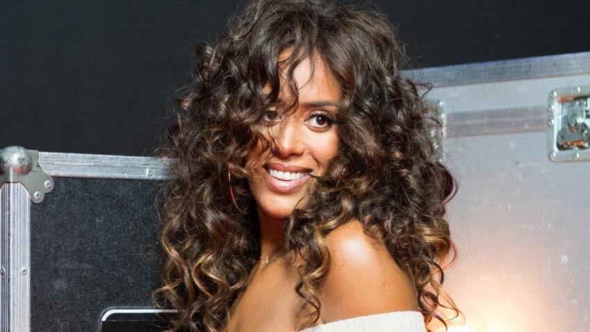 La chanteuse Amel Bent est fière de ses filles : une vidéo la fait fondre !
