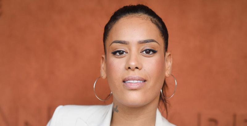 Amel Bent métamorphosée : elle n'accepte plus les jugements !