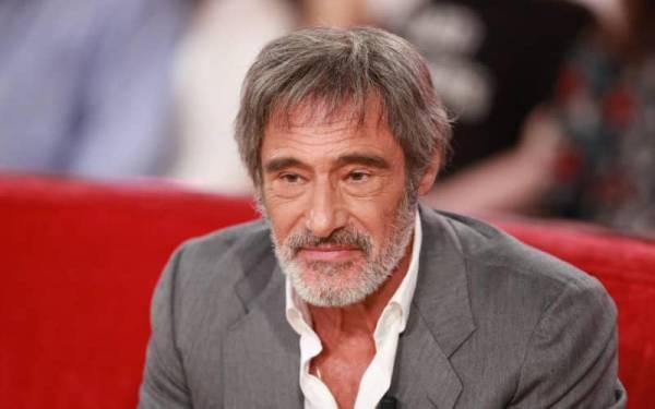 Gérard Lanvin angoissé :