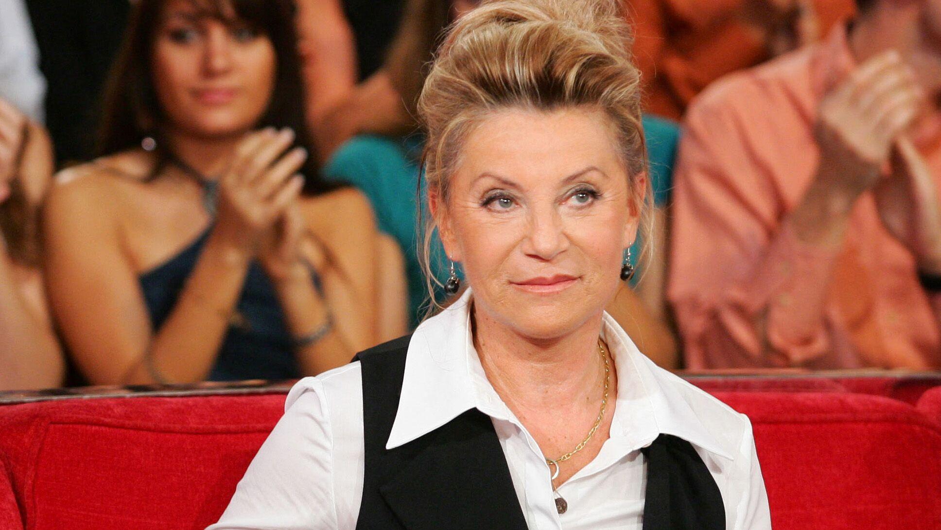 Sheila... La vérité derrière le choix de la chanteuse par Jean Castex