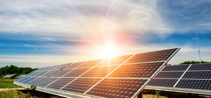 Énergie photovoltaïque : des panneaux souples et autocollants !