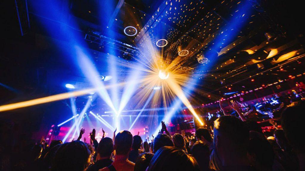 Une lueur d'espoir pour les discothèques