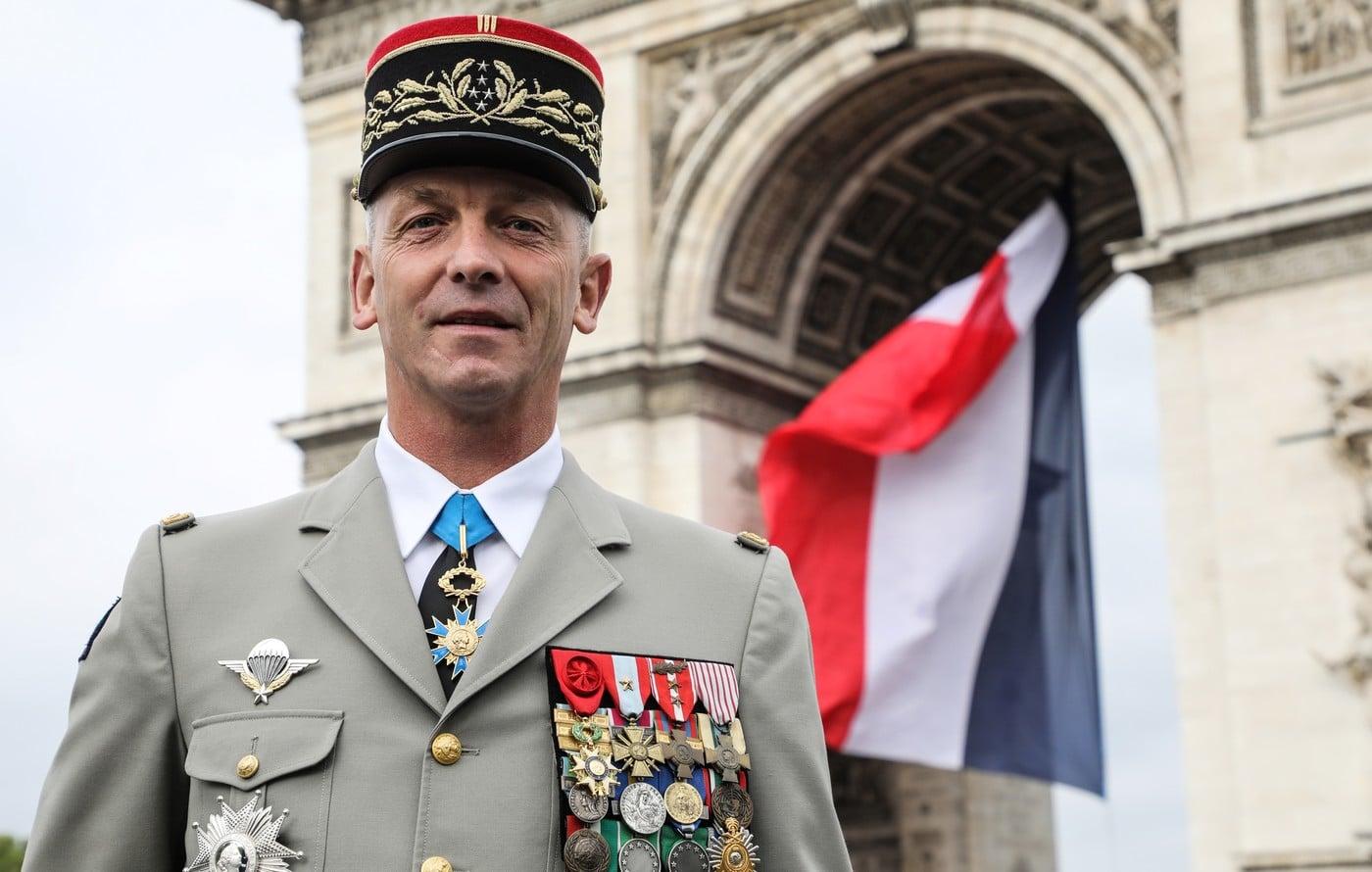 Le général François Lecointre quitte ses fonctions...