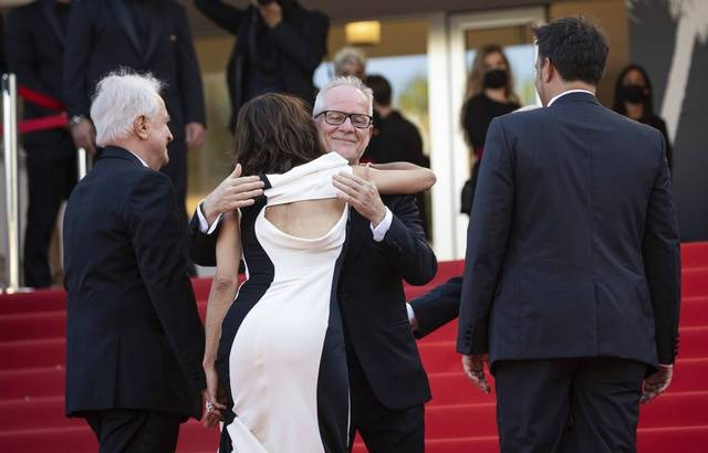 """Festival de Cannes 2021... """" Les masques c'est la règle ! """""""