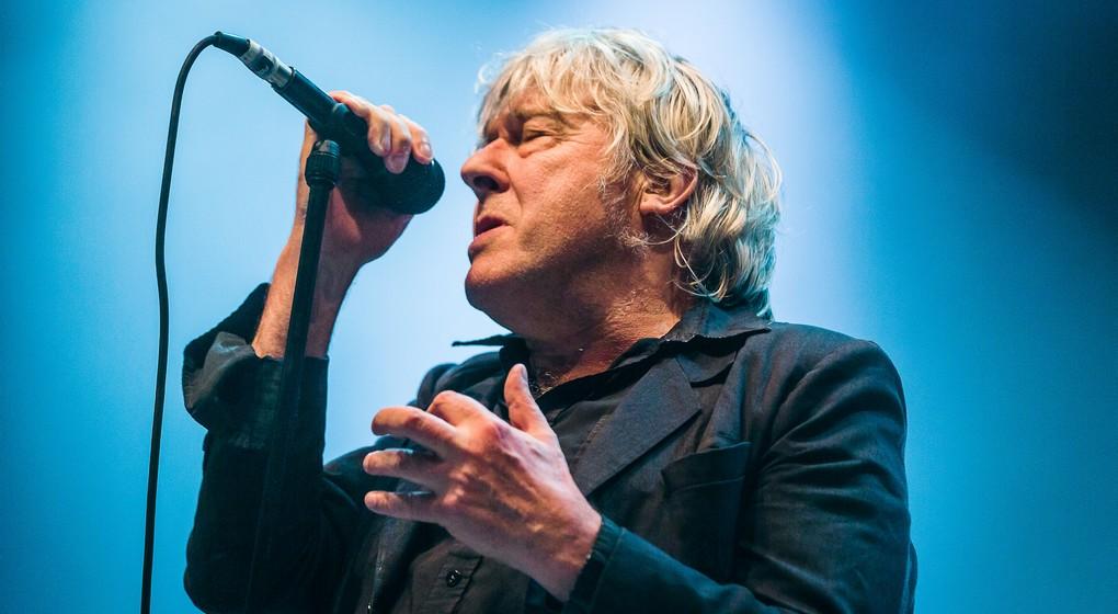 Arno : Atteint d'un cancer, le chanteur annule ses concerts !