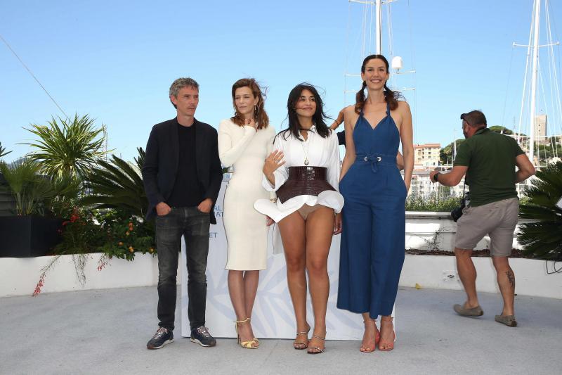 Camélia Jordana Cannes 2021 : accident vestimentaire !