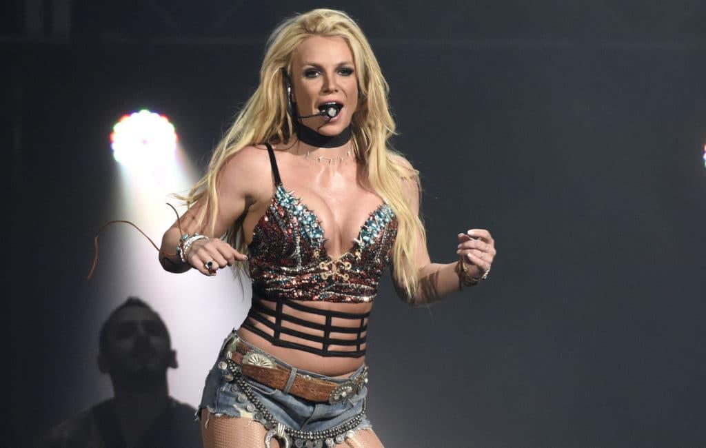 Une première manche pour Britney Spears