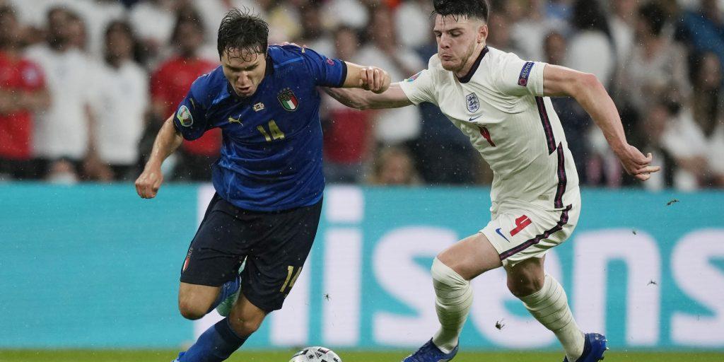 L'Italie remporte l'Euro!  t.a.b (2-3)