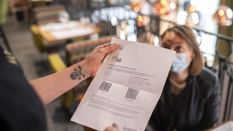 Pass sanitaire : Lourdes sanctions pour les clients des bars et restaurants !