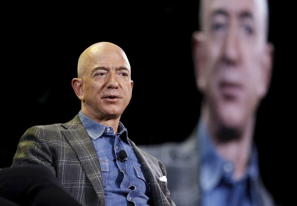 Jeff Bezos : Le milliardaire quitte la direction d'Amazon dès ce lundi 5